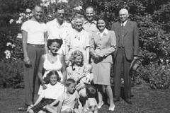 Emmas' Family ca 1946